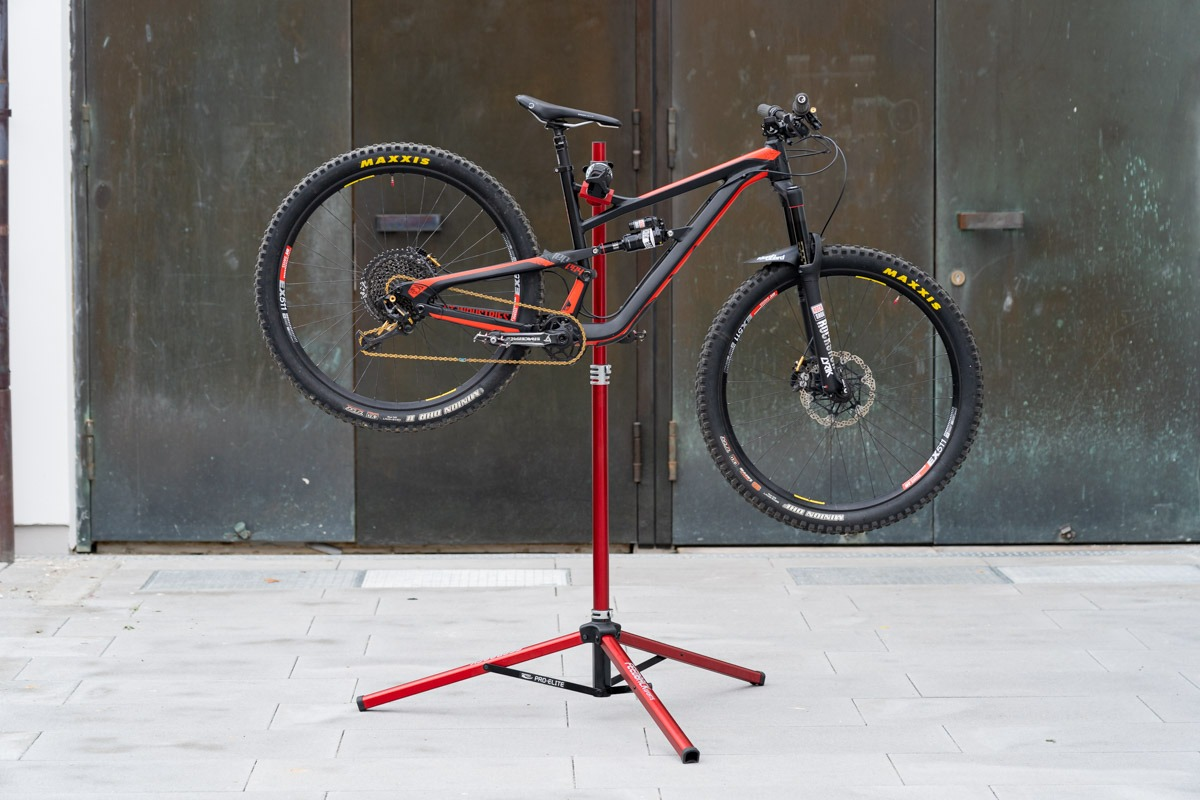 Feedback Sport Pro Elite Repair Stand Product Test And Review