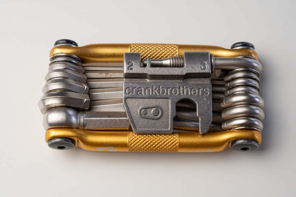 Picture of a golden Crankbrothers M19 Multitool